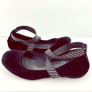 Kenneth Cole Studded Strappy Ballet Flats Sz 7.5